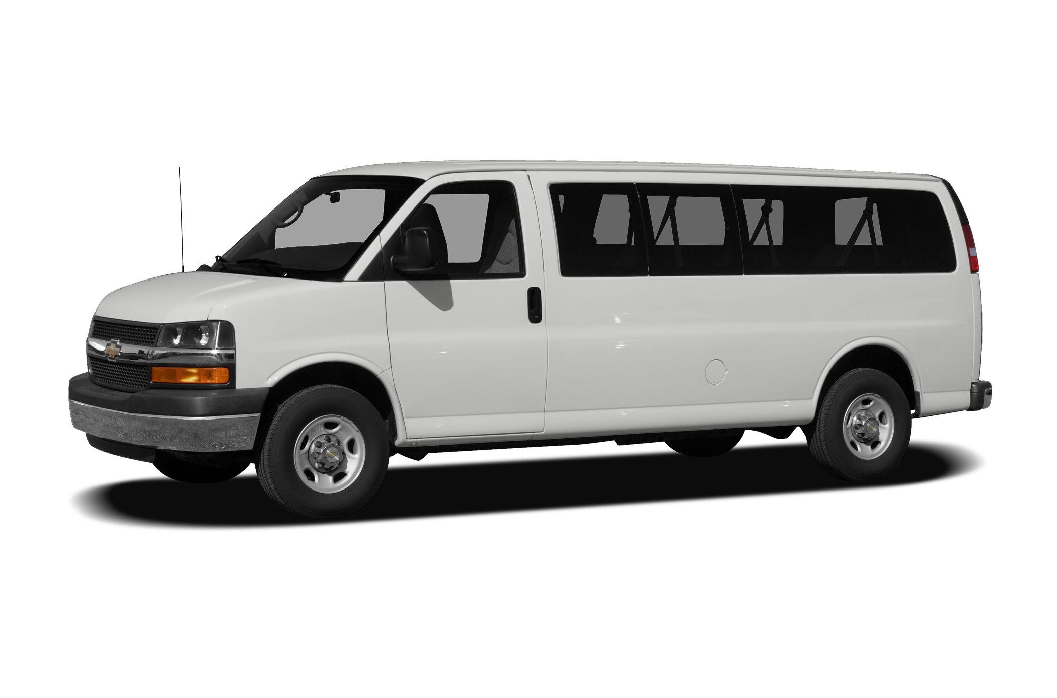 Zoom Rentals - 12 Passenger Vans